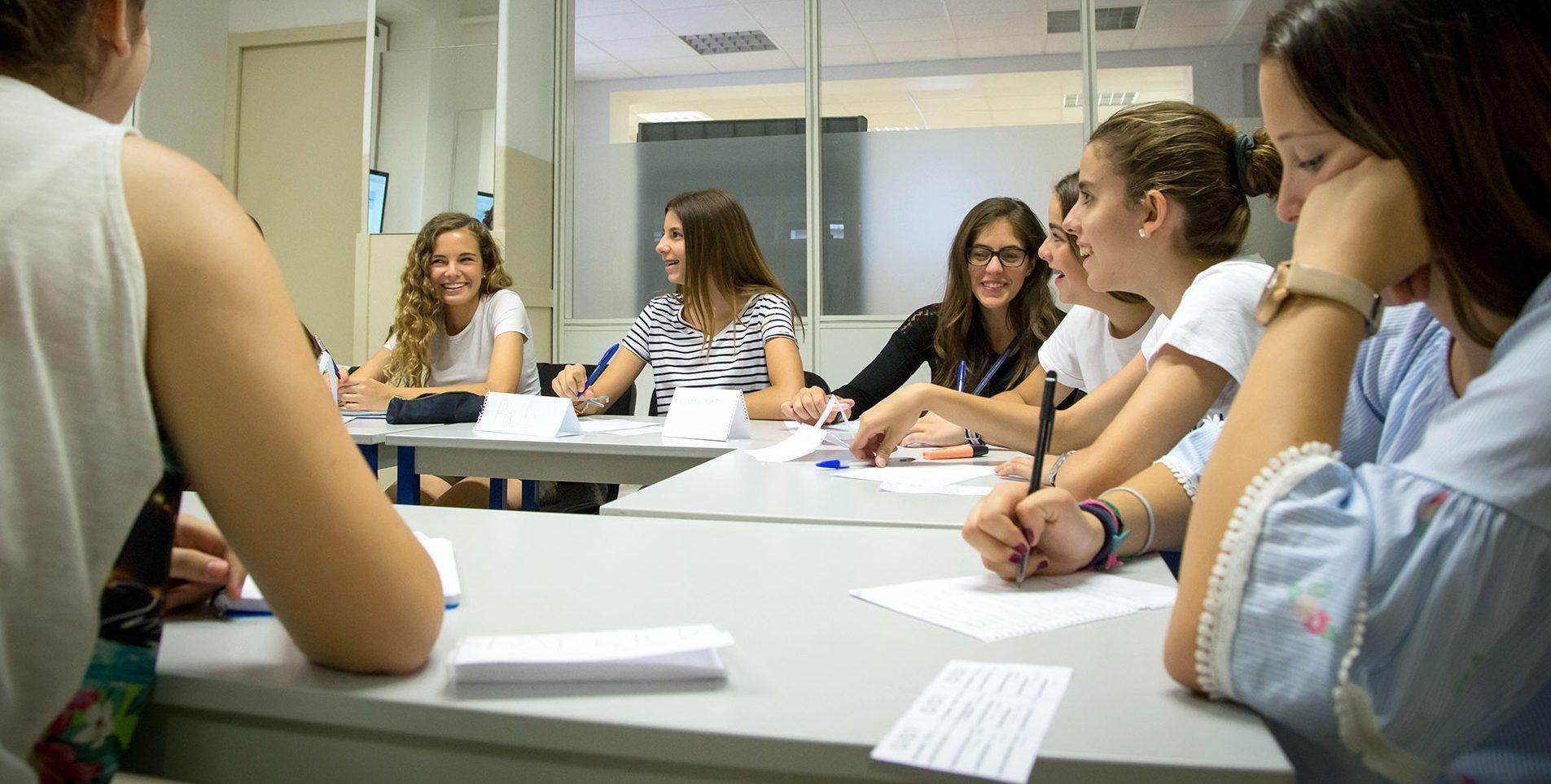 Soggiorni linguistici di gruppo: destinazioni e programmi ...